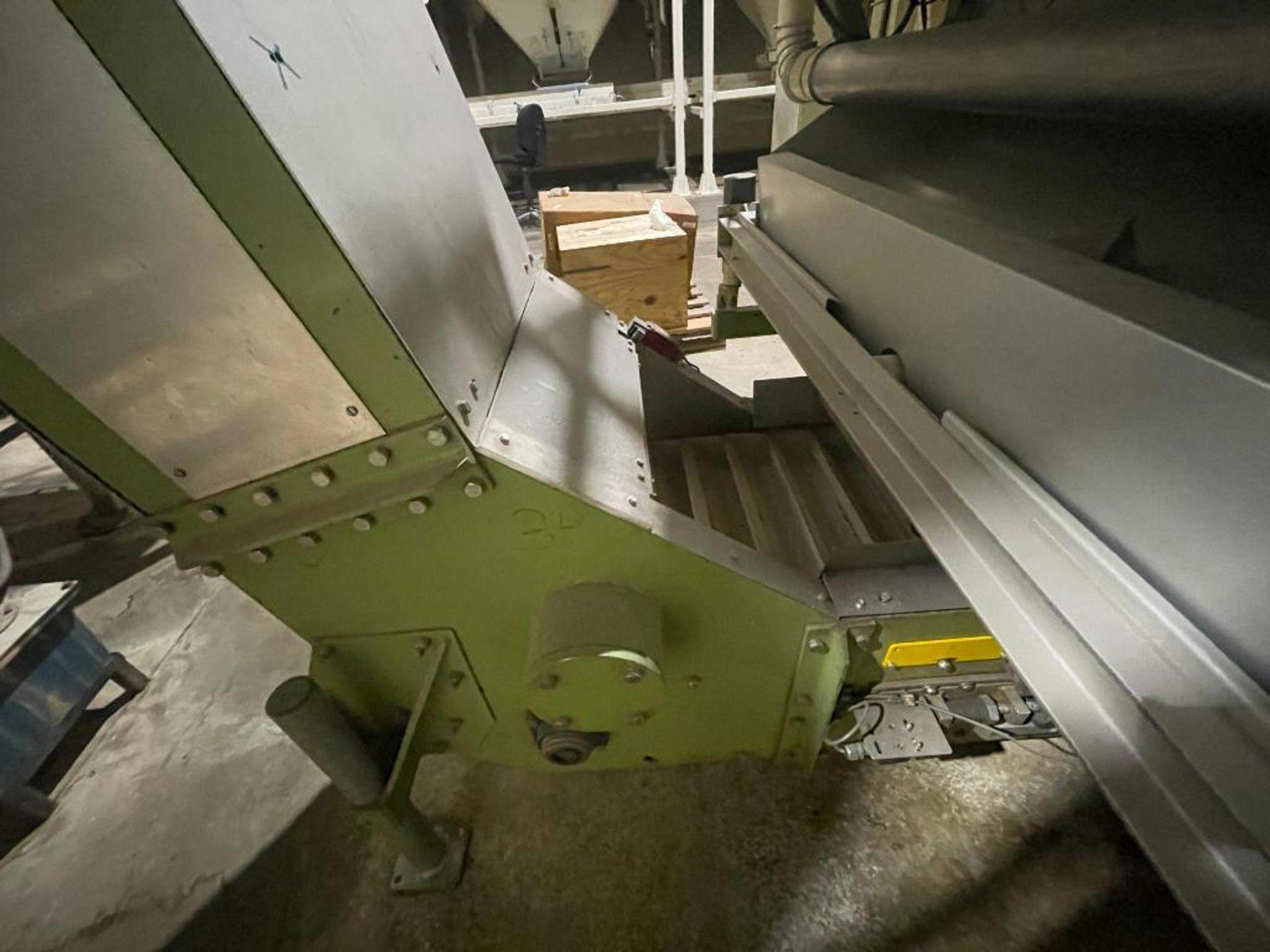 mild steel incline overlapping bucket conveyor - Image 5 of 14