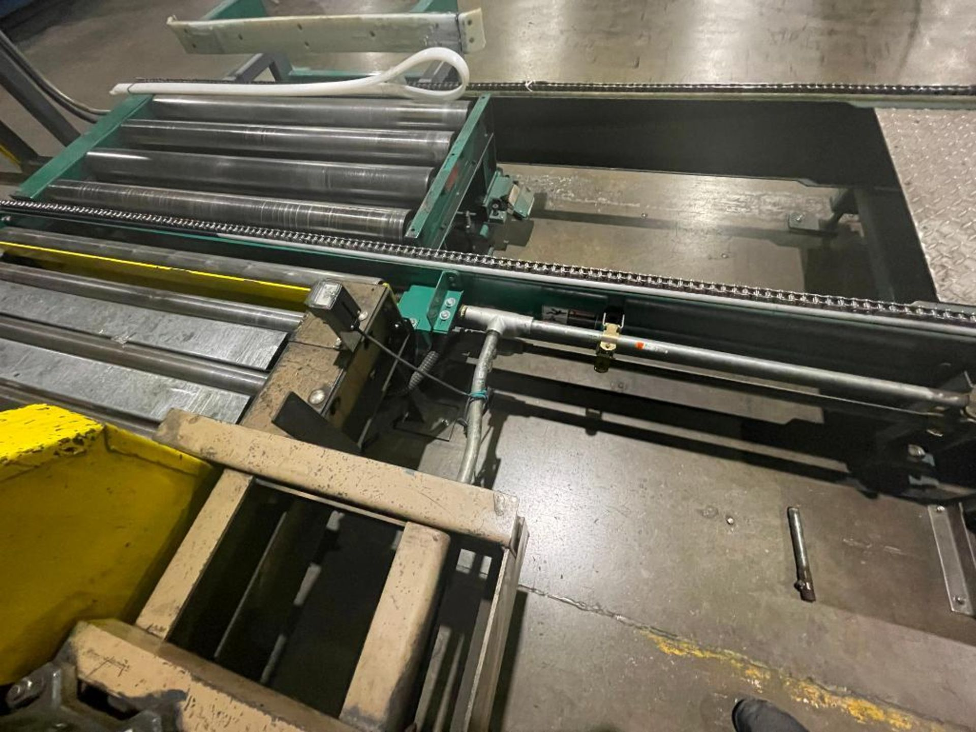 Automated Conveyor Systems full pallet conveyor - Image 12 of 12
