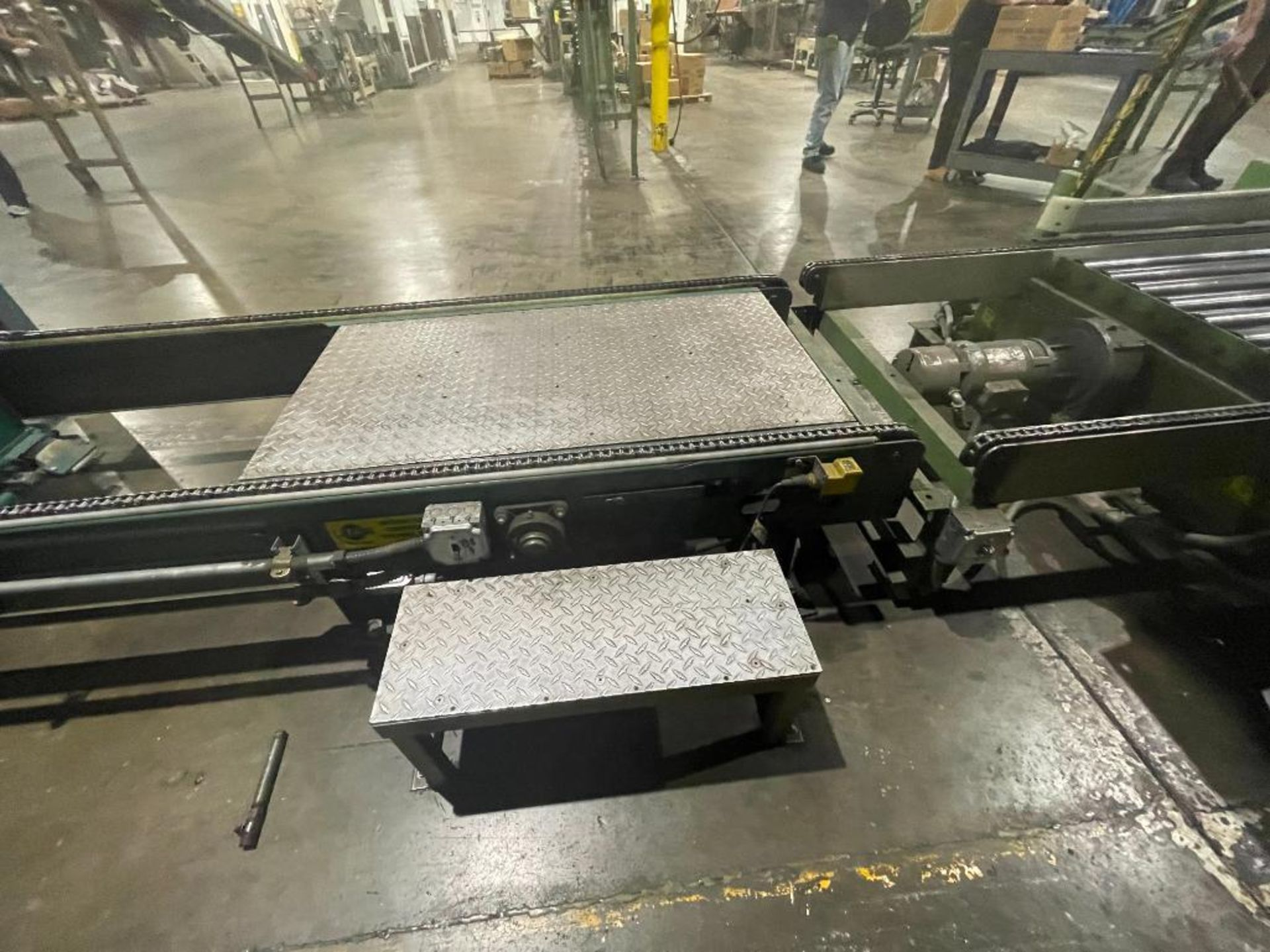 Automated Conveyor Systems full pallet conveyor - Image 8 of 12