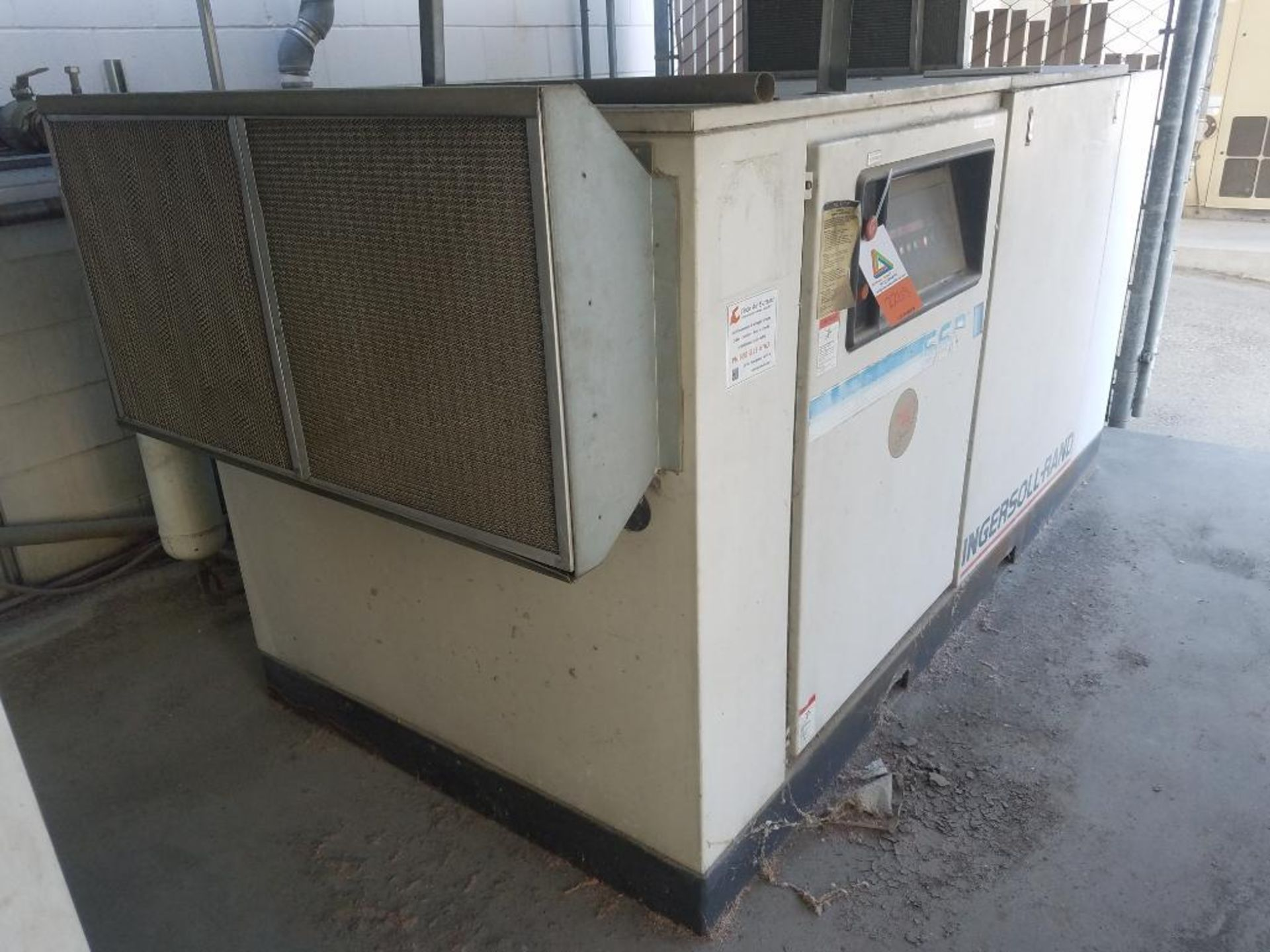 Ingersoll Rand rotary screw air compressor, 100 hp