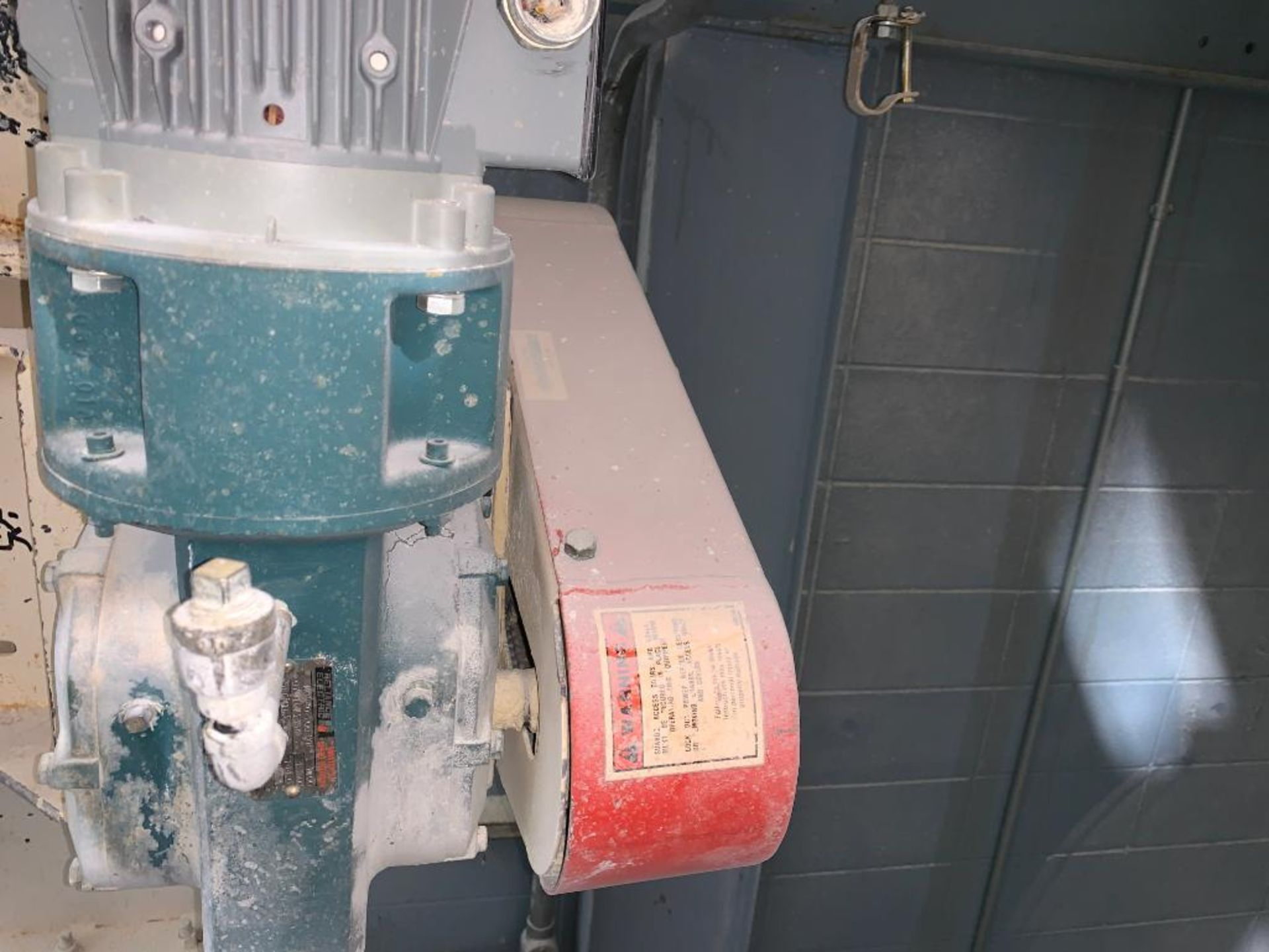 MAC 12 in. mild steel rotary lock - Image 6 of 7