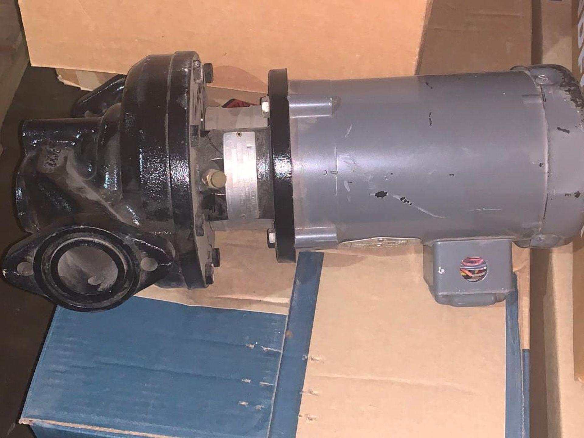 Grundfos pumps - Image 7 of 12