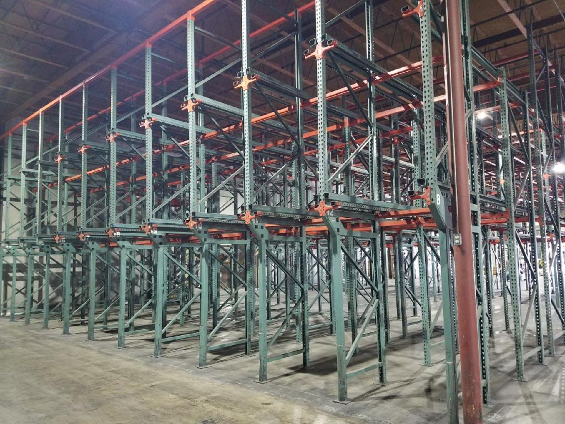 (11) bays tear drop style drive in rack - Image 2 of 5