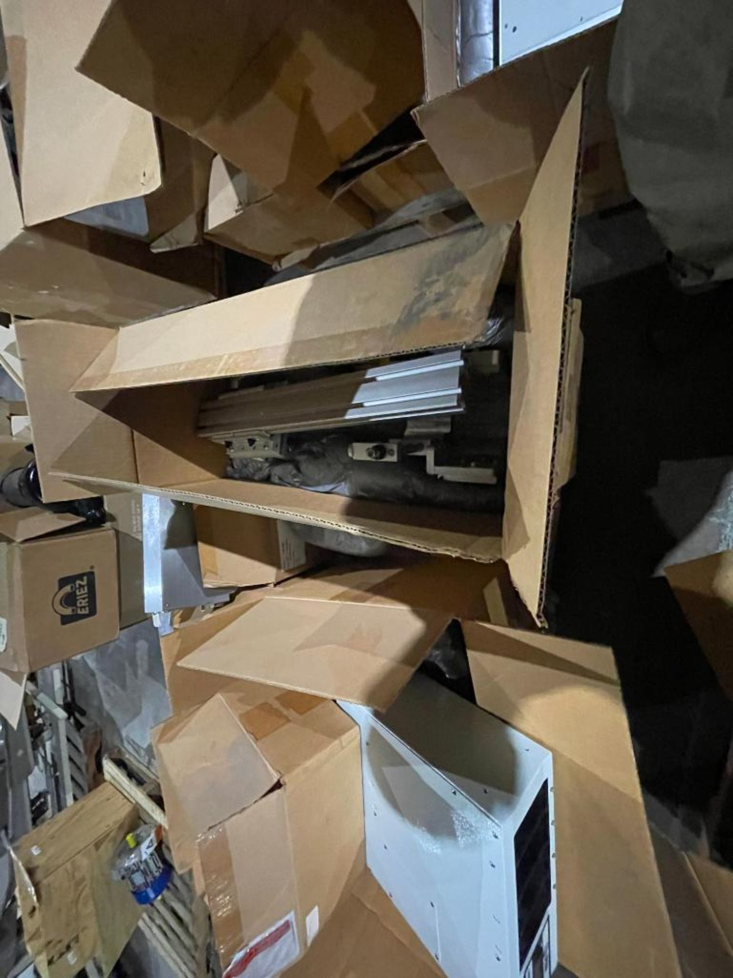pallet of miscellaneous electronics - Image 16 of 16