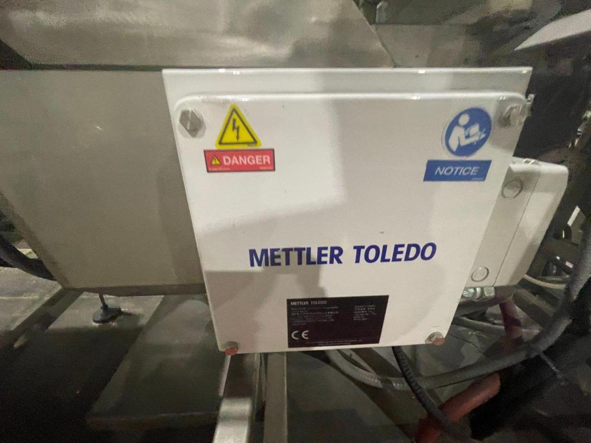 Mettler Toledo metal detector, model V4-1 - Image 4 of 10