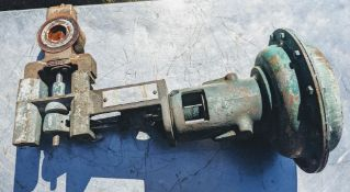 Fisher controls 2 in. 9510 diphragm 175 psi valve