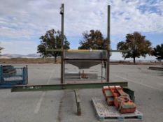 stainless steel vibratory feeder with hoist bin dumper