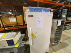 Thermo Scientific 1-door floor model lab incubator