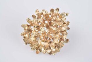 Blüten Brosche - Goldschmiedeanfertigung 750 GG, 13,5 g, feine Blüten, vollplastisch