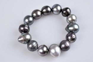 Tahiti-Perlen-Armband Aus 14 silbergrauen, natürlichen Tahiti-Perlen, D ca. 10-15mm,