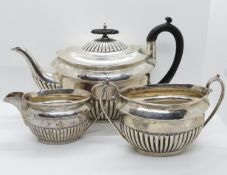 Walker and Hall HM silver tea set 3 pieces 1066g