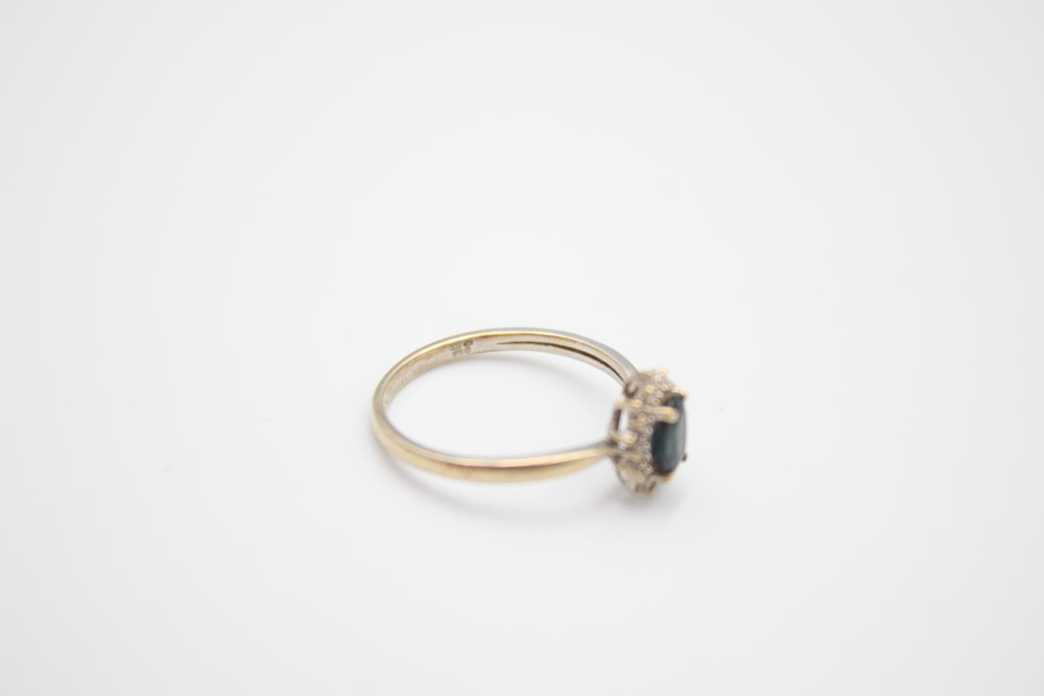vintage 9ct gold sapphire & diamond halo ring 1.7g Size M - Image 3 of 5