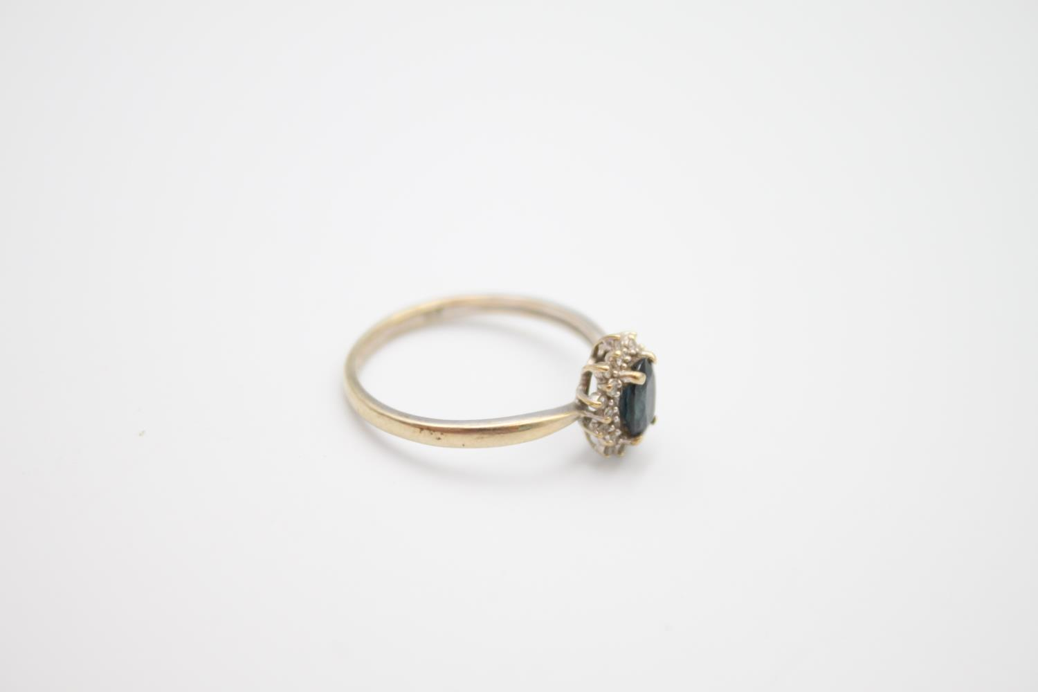 vintage 9ct gold sapphire & diamond halo ring 1.7g Size M - Image 4 of 5
