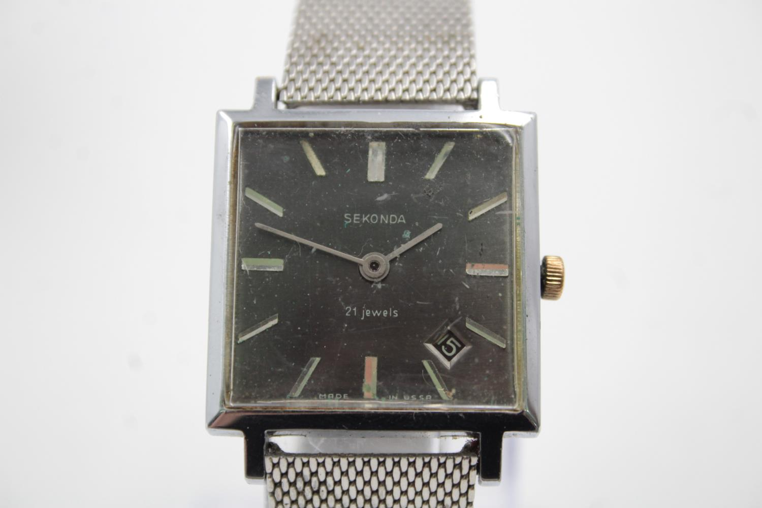 3 x Vintage Gents WRISTWATCHES Hand-Wind WORKING Inc. Valex, Rotary Etc - Image 2 of 10