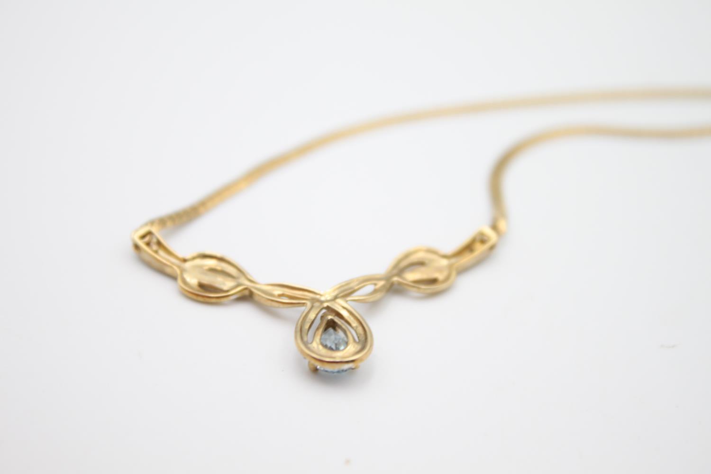 9ct gold diamond & blue gemstone static pendant necklace 5.7g - Image 4 of 4