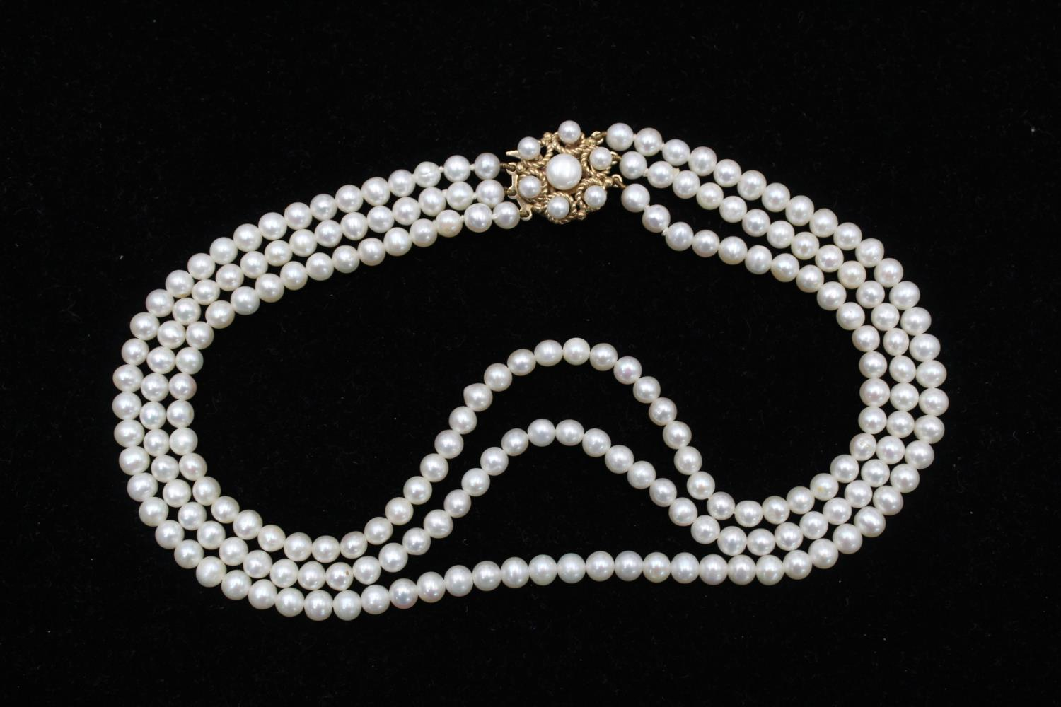 9ct Gold clasp pearl multi strand choker necklace 40.2g - Image 2 of 5