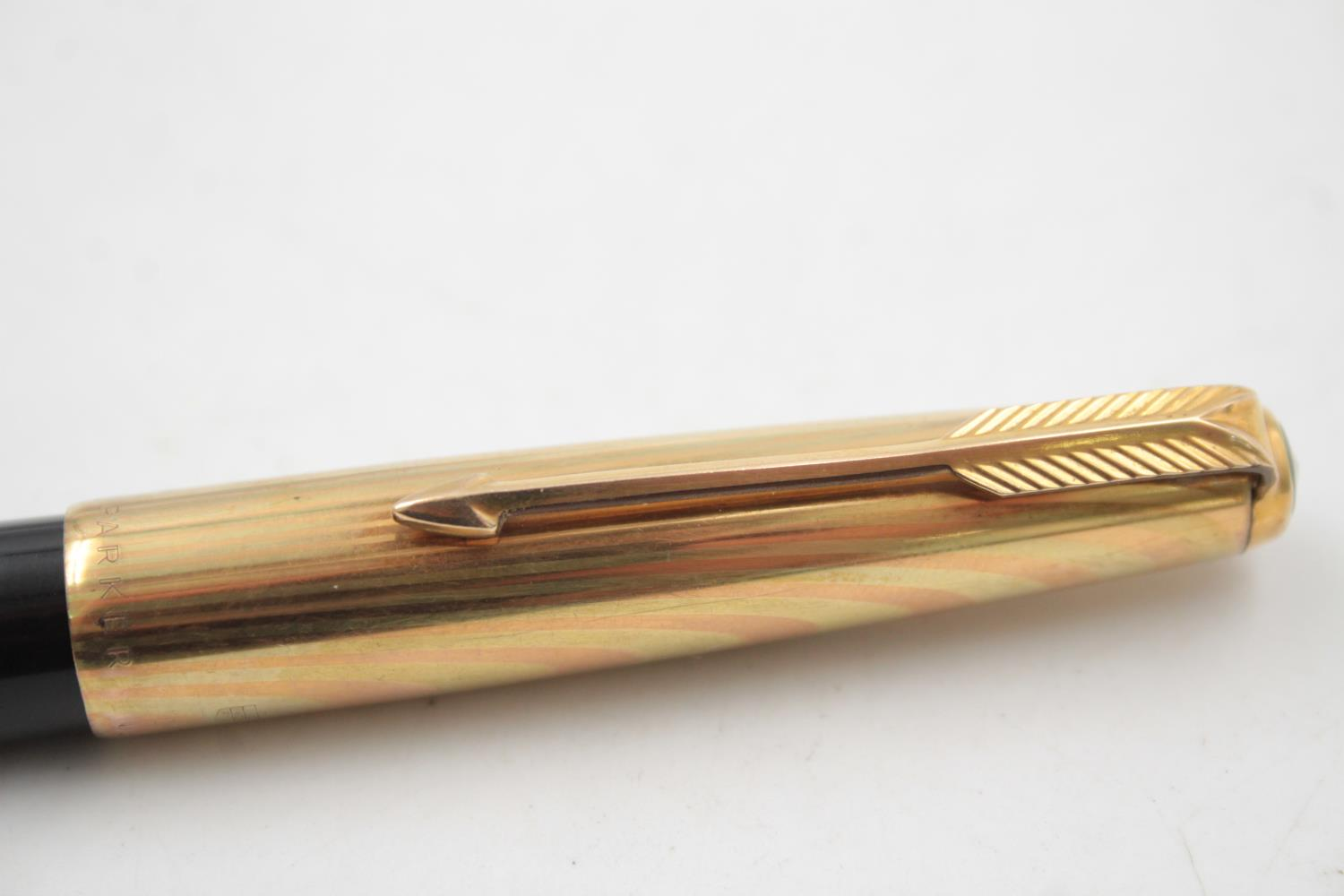 Vintage PARKER 61 Black FOUNTAIN PEN w/ Rolled Gold Cap WRITING - Image 5 of 7