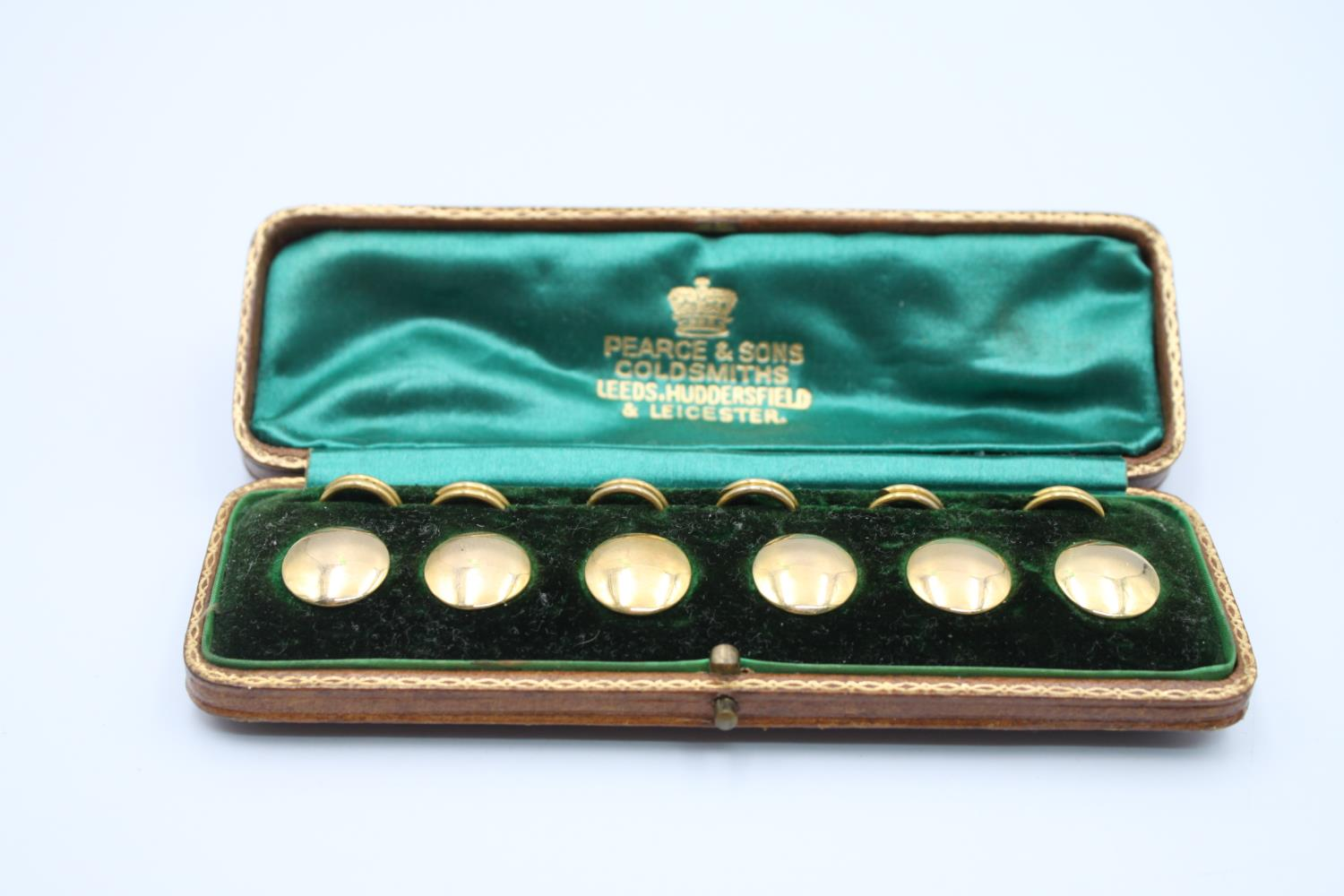 antique 9ct gold gents dress stud set in fitted case 6.6g