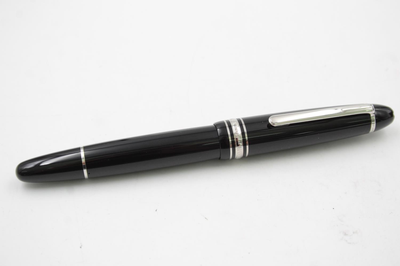 MONTBLANC Meisterstuck Black ROLLERBALL Pen w/ Original Box WRITING - Image 2 of 7