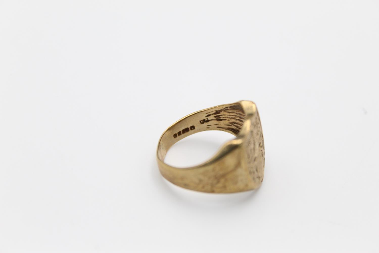 vintage 9ct gold shield crest signet ring 6g Size R - Image 4 of 4