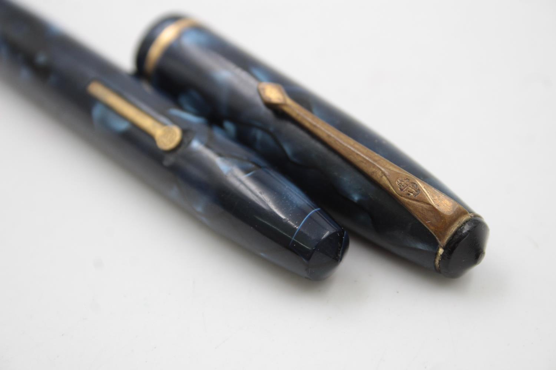 Vintage CONWAY STEWART 15 Blue FOUNTAIN PEN w/ 14ct Gold Nib, Pencil, Box - Image 10 of 11