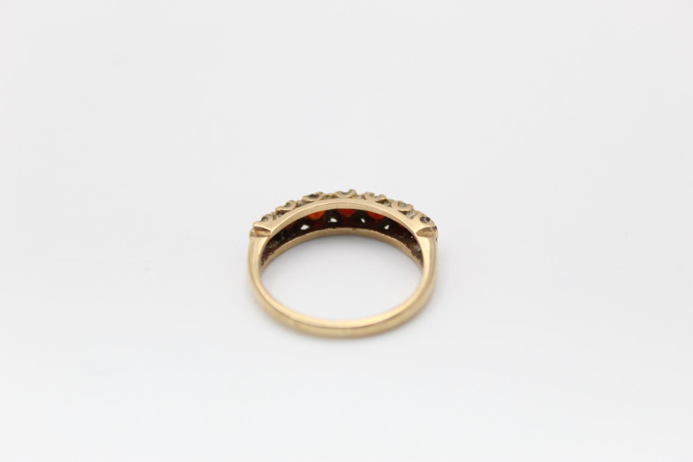 2 x 9ct Gold gemstone rings inc. garnet, five stone 4.7g Size M & L - Image 4 of 10