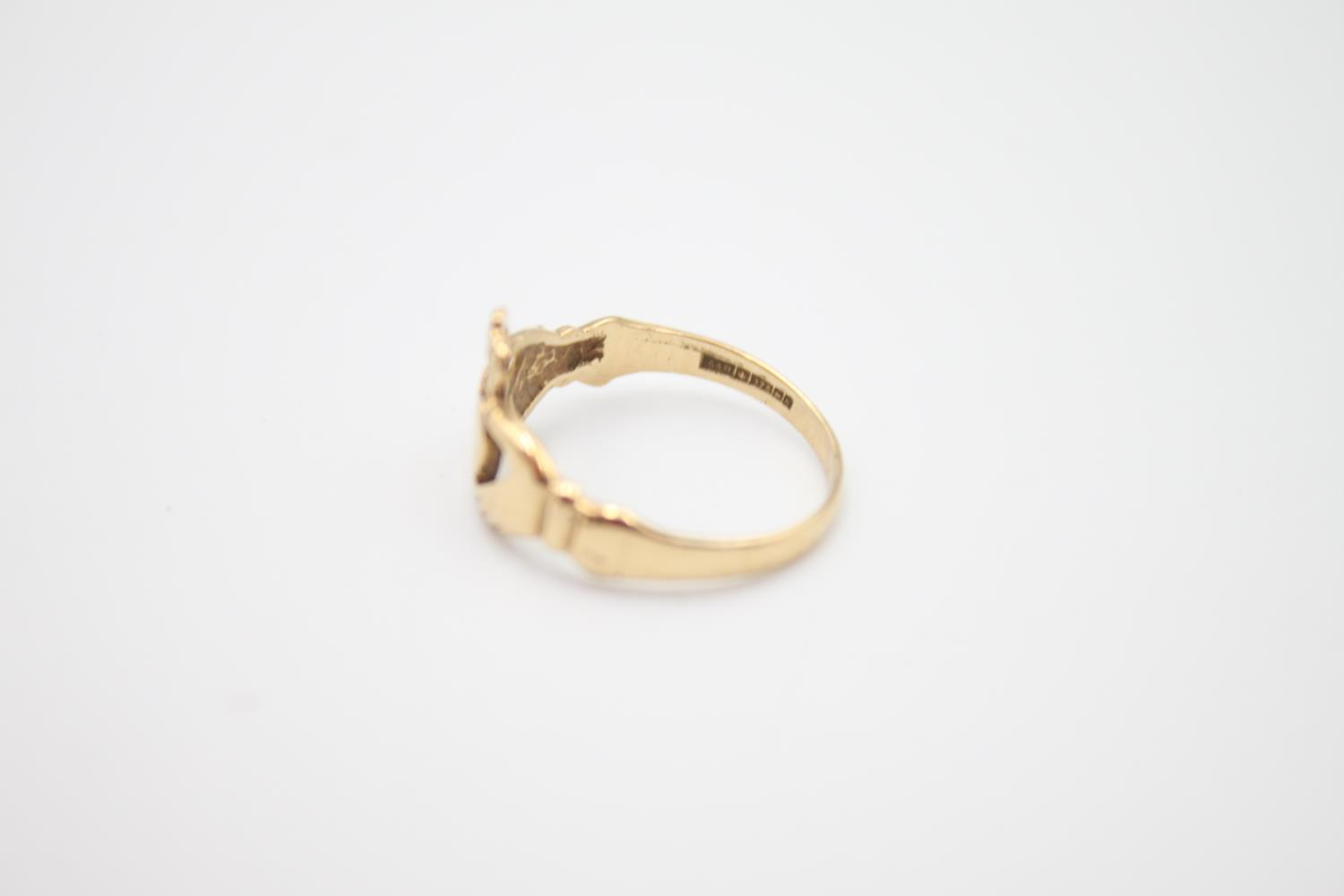 2 x 9ct gold Claddagh rings 4.1g Size K & O - Image 5 of 5