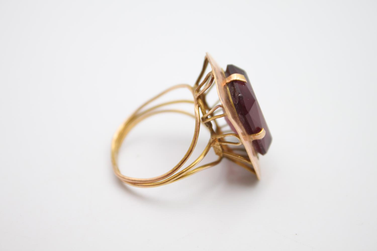 15ct rose gold amethyst paste cocktail ring 5.4g Size P - Image 4 of 5