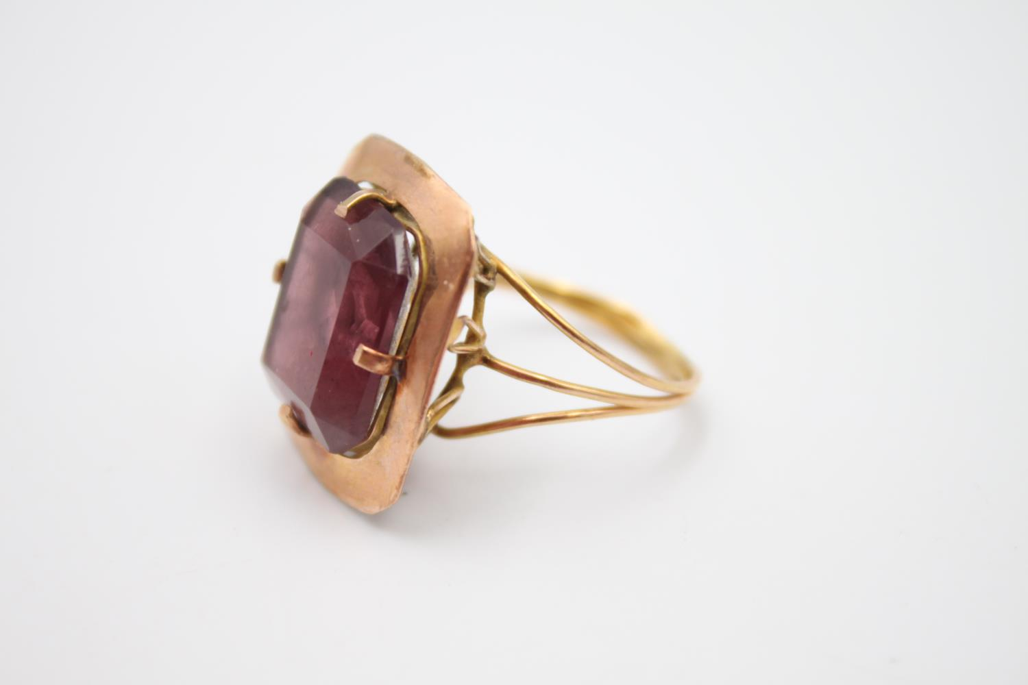 15ct rose gold amethyst paste cocktail ring 5.4g Size P - Image 2 of 5