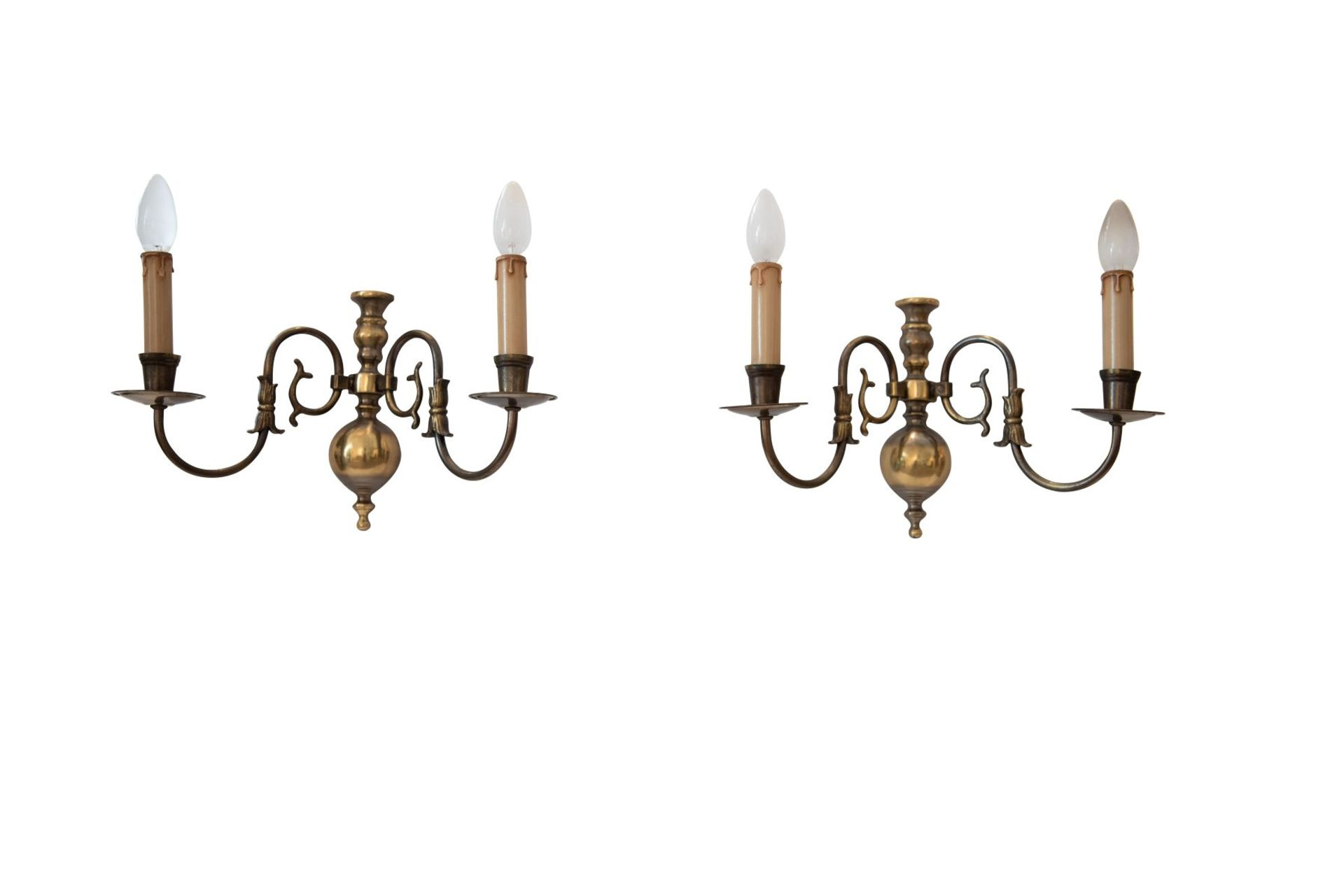 Salon chandelier and two wall appliques - Image 6 of 10