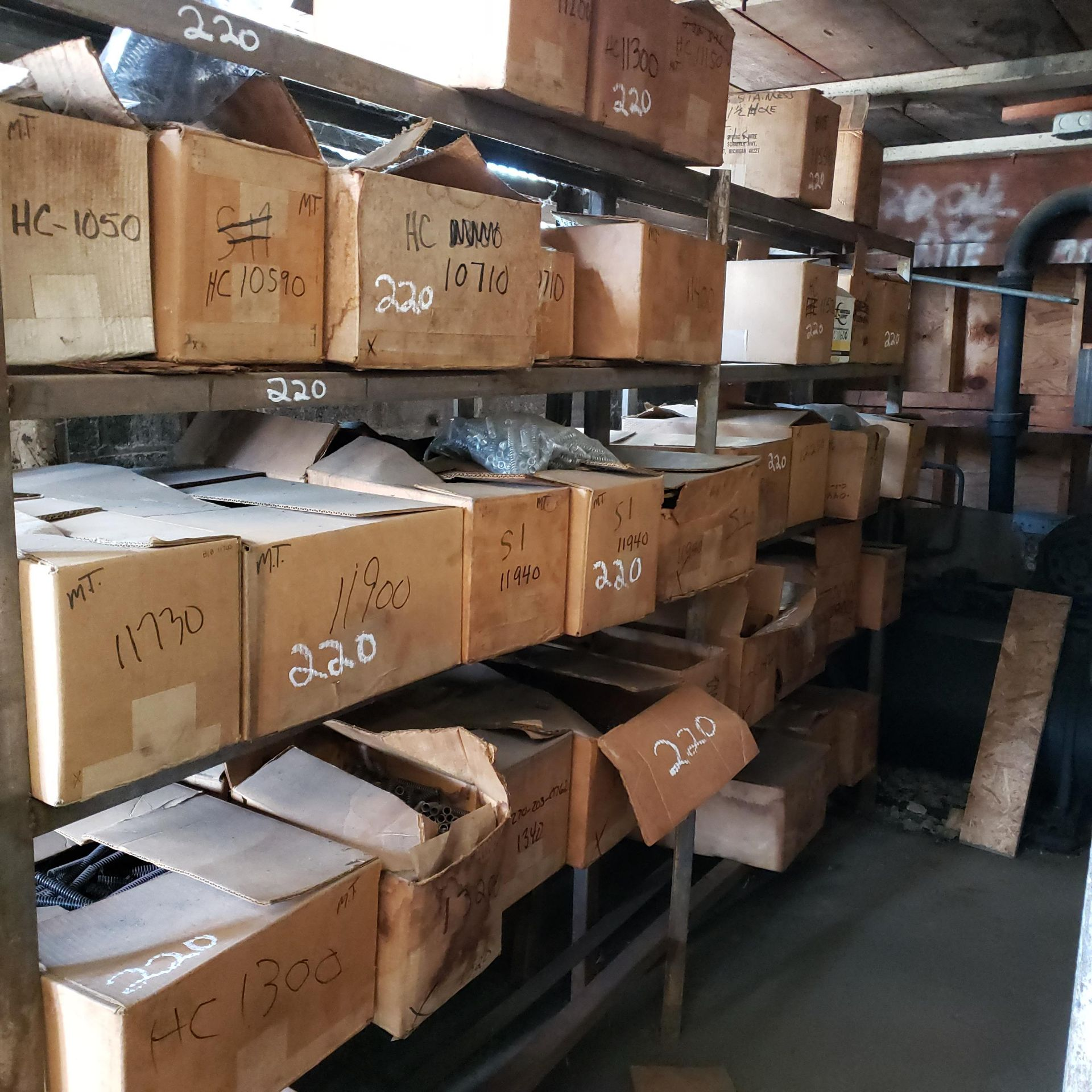 Large Assortment of Various Spring Stock/Inventory - Image 4 of 4
