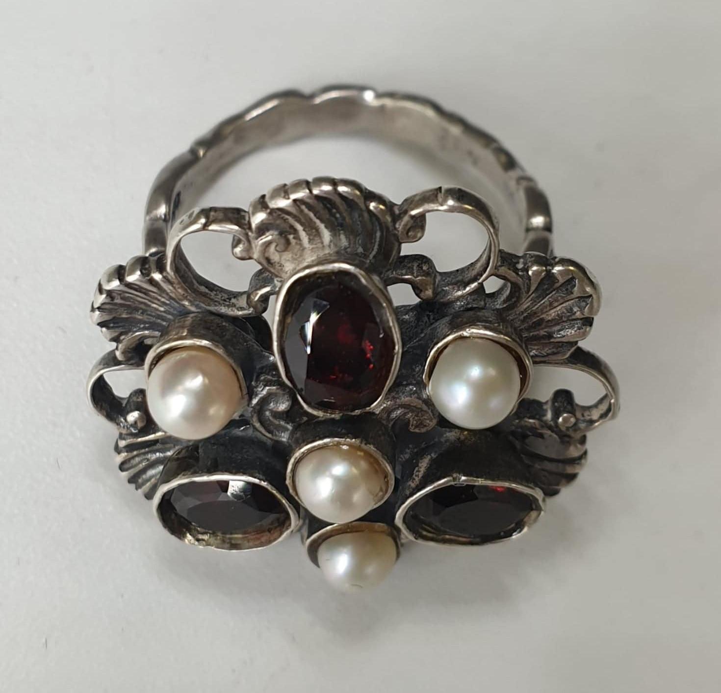 Ring | Silver, Bohemian Garnets & Pearl - Image 2 of 3