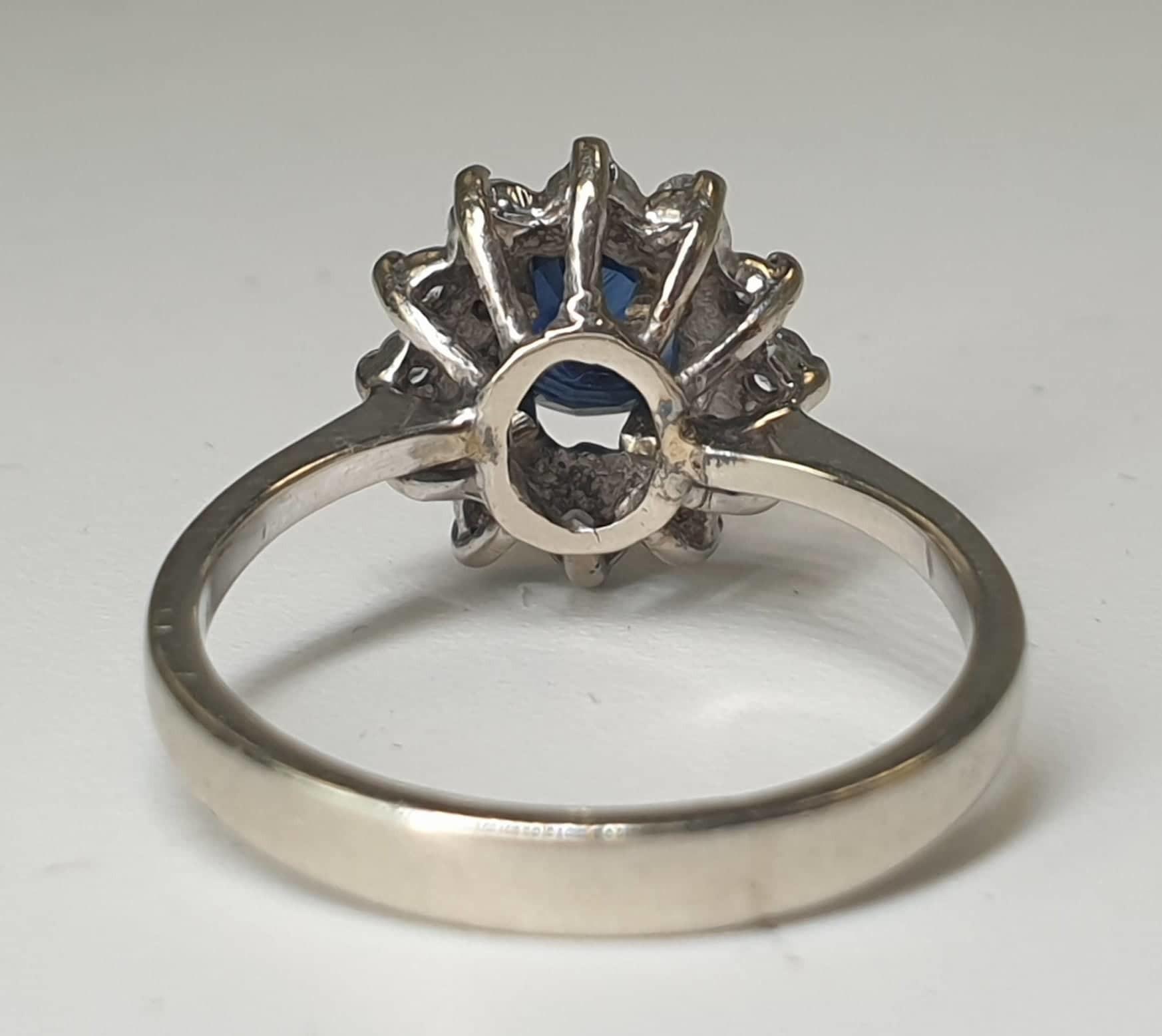 Diamond & Sapphire Ring | 14K White Gold - Image 5 of 5