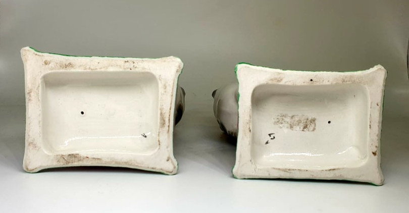 Victorian Staffordshire | Cat Bookends - Image 4 of 4