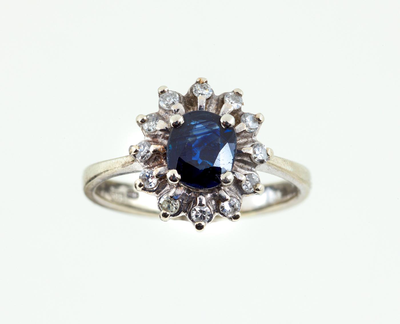 Diamond & Sapphire Ring | 14K White Gold
