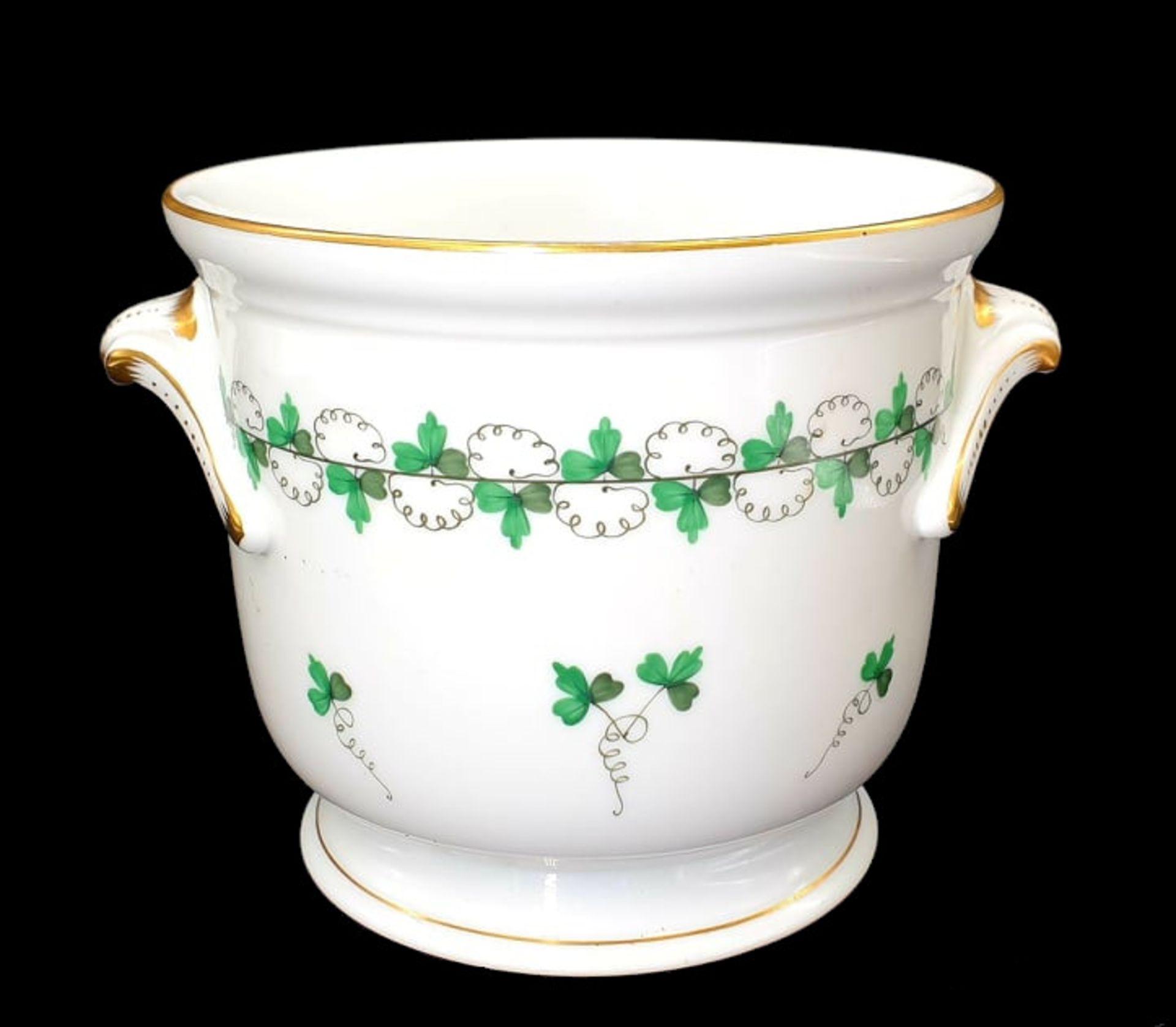 Herend Pot   Cache Pot   Parsley