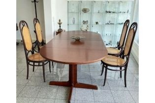 THONET | EXTENDABLE TABLE & 4 CHAIRS