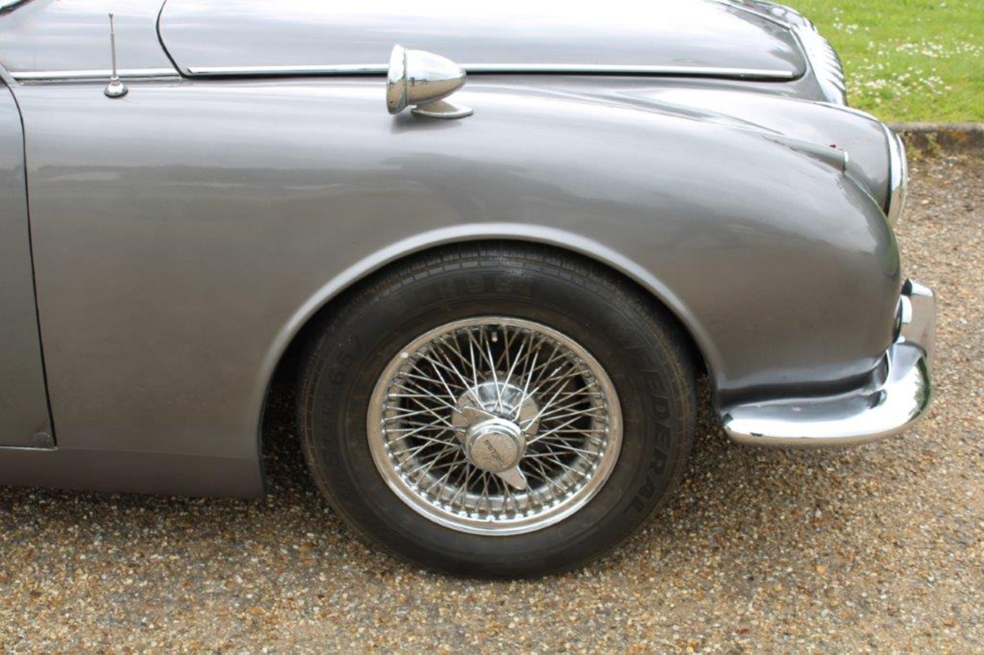 1969 Daimler 250 Fitted with 2.0 prima turbo diesel manual - Image 7 of 34