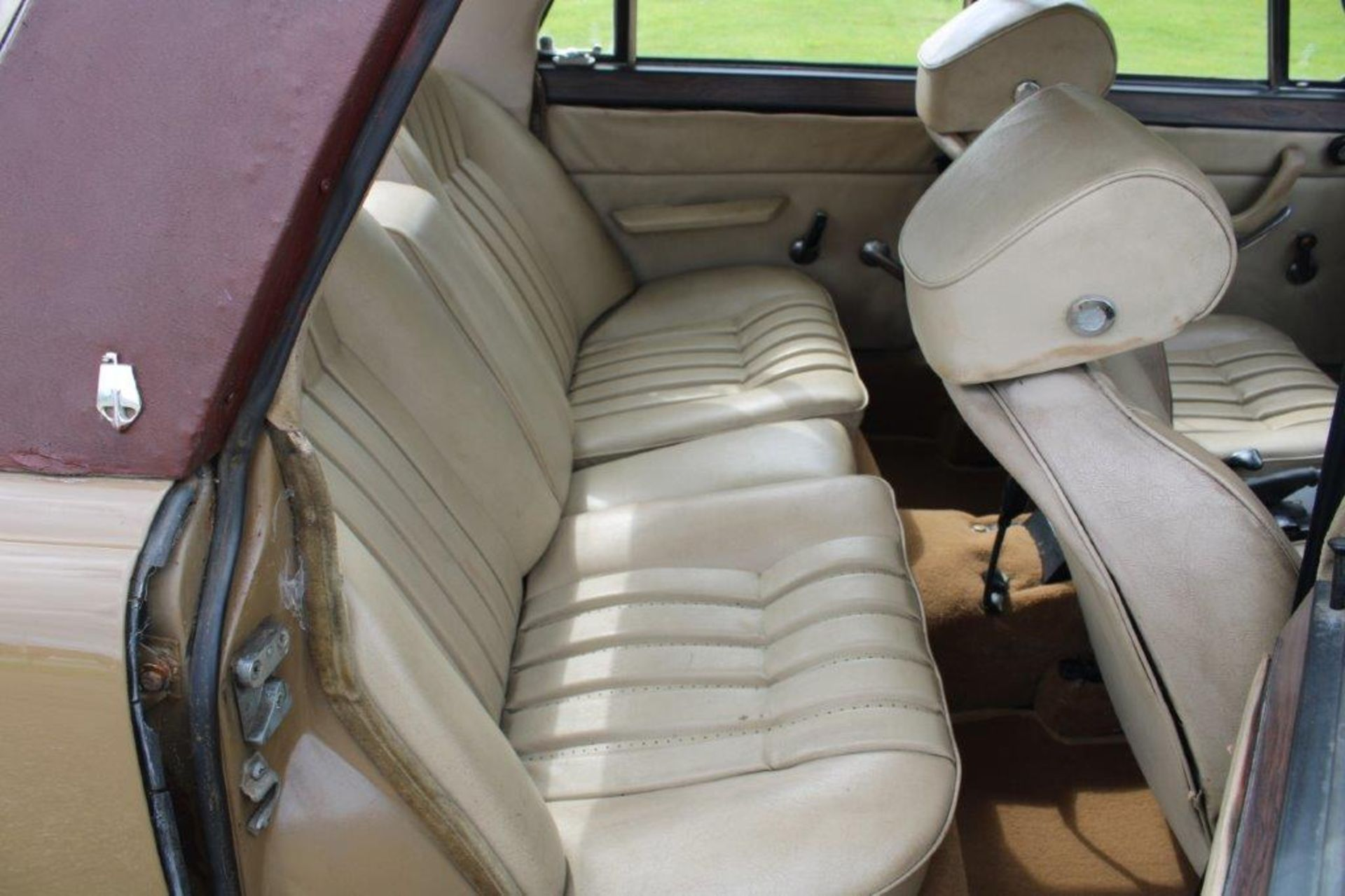 1970 Rover P6 3500 S 1 of 6 development cars - Image 14 of 21