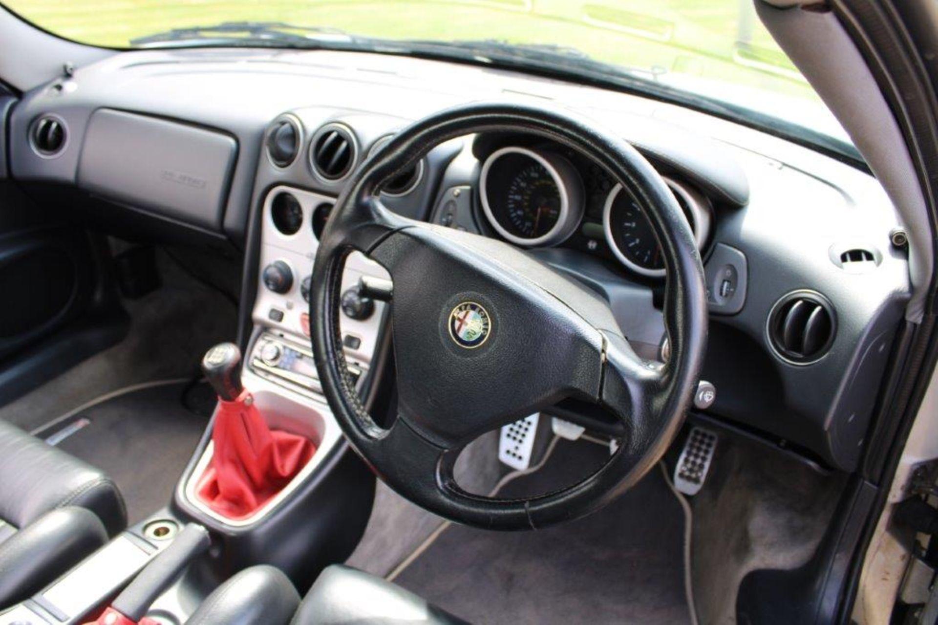 1999 Alfa Romeo GTV Lusso T-Spark 16v - Image 14 of 18