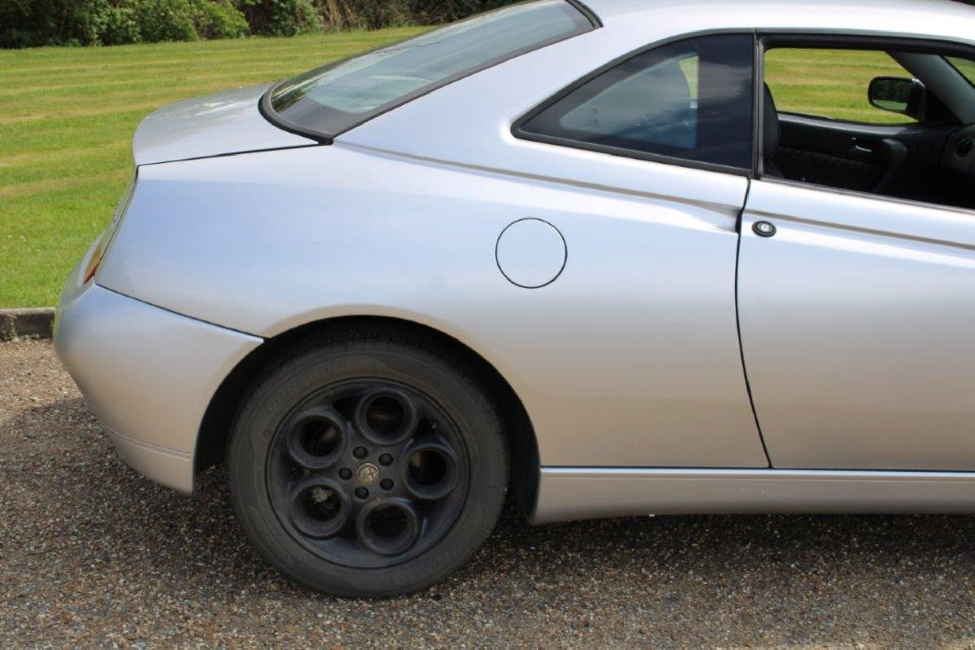 1999 Alfa Romeo GTV Lusso T-Spark 16v - Image 3 of 18