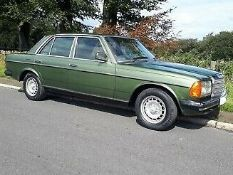 1982 Mercedes W123 230E Auto 2 owners from new