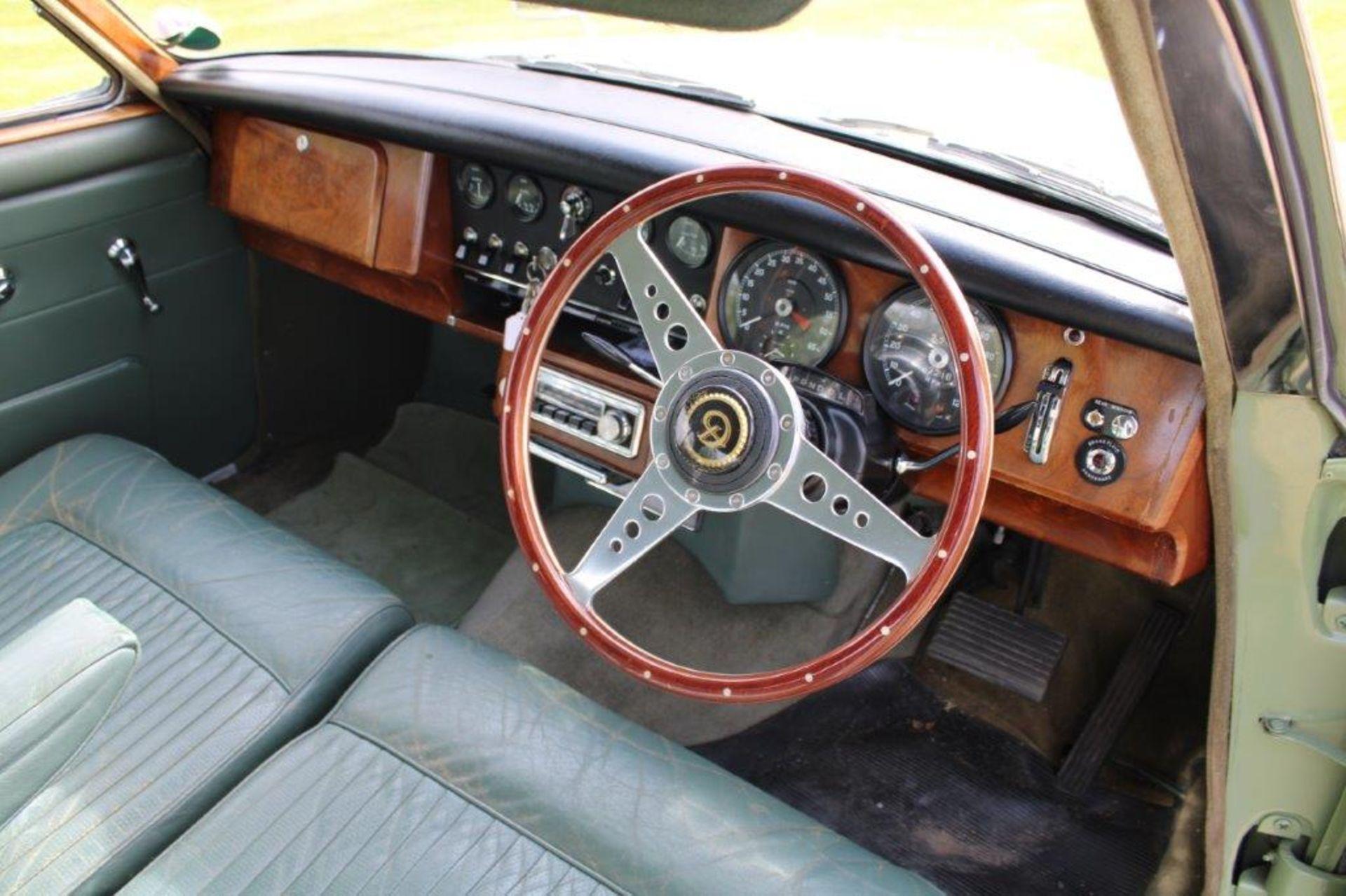 1968 Daimler V8 250 Auto - Image 16 of 30