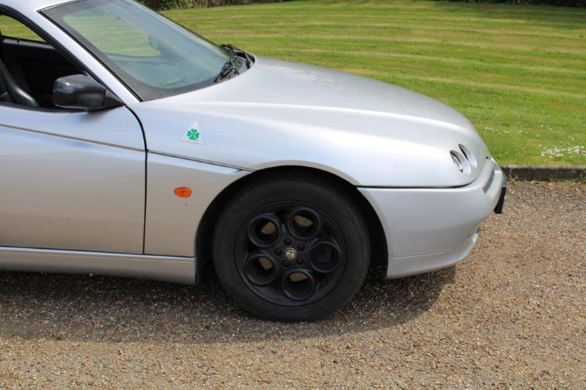 1999 Alfa Romeo GTV Lusso T-Spark 16v - Image 2 of 18