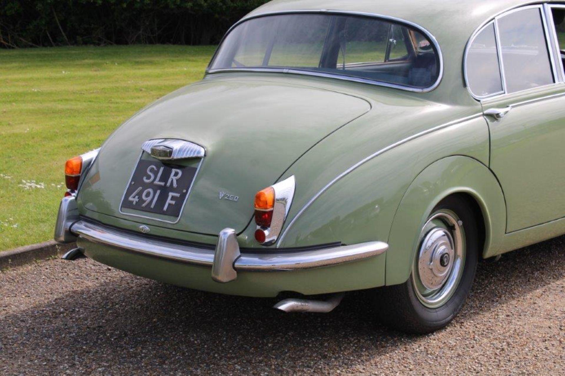 1968 Daimler V8 250 Auto - Image 9 of 30