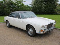 1973 Daimler Sovereign 4.2 Auto
