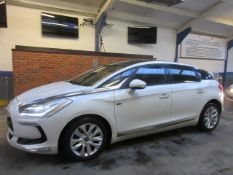 62 12 Citroen DS5 DSport Hybrid