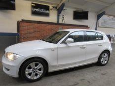 60 11 BMW 118D SE