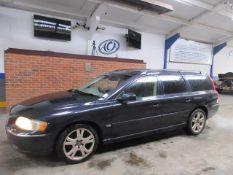 05 05 Volvo V70 D5 SE Auto