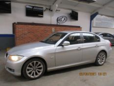 09 09 BMW 318I SE